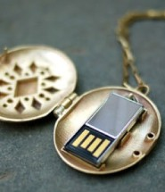 USB Locket